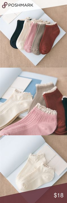 5 Pairs Women Lace Boat Socks Vintage Nature Color Fashion, colorful, comfortable socks. Condition:100% Brand New and High Quality Material: bamboo fiber Gender: Women & girls Sock Length: boat Socks Size: one size(fit most people) Style: vintage, lace Sock Type: casual  Color Style: Natural Color  Product content: 5 Pairs of Socks Accessories Hosiery & Socks