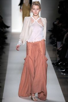 Vanessa Bruno | Spring 2010 Ready-to-Wear Collection