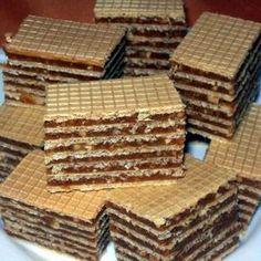 Érdekel a receptje? Hungarian Desserts, Hungarian Cake, Hungarian Recipes, Hungarian Food, Cream Cheese Flan, Condensed Milk Cake, Cake Recipes, Snack Recipes, Waffle Cake