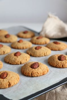 Chickpea and Almond Cookies Recipe. High in protein, gluten-free and vegan cookies, perfect for a quick slightly indulgent snack.