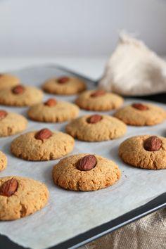 Chickpea and Almond Cookies (gluten-free & vegan) - Nirvana Cakery Gluten Free Almond Cookies, Almond Meal Cookies, No Flour Cookies, Gluten Free Sweets, Gluten Free Baking, Vegan Baking, Vegan Gluten Free, Dairy Free, Paleo