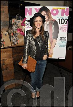 Rachel Bilson toting tan Miu Miu mattelassé suede clutch    Actress Rachel Bilson was present Tuesday night as Nylon Magazine and American Eagle hosted a dinner for November cover for their cover star at Sherbourne restaurant in Los Angeles.    Rachel looked casual but stylish toting a tan mattelassé suede clutch by Miu Miu.    *Image courtesy via oncelebrity.com    *courtesy of Delortae Agency UK's exclusive luxury authentic handbag SPA Visit us on Facebook: www.facebook.com/DelortaeAgency