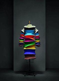 Manus x Machina exhibit explores fashion's evolution through technology - News : Exhibitions (#656696)