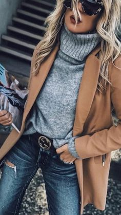 Super cooles Outfit The post ? Super cooles Outfit appeared first on Mode Frauen. Look Fashion, Fashion Outfits, Womens Fashion, Fashion Ideas, Hijab Fashion, Fashion Coat, Fall Fashion Trends, 30s Fashion, Fashion Guide