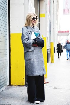 New_York_Fashion_Week-Street_Style-Fall_Winter-2015-Grey_Coat-