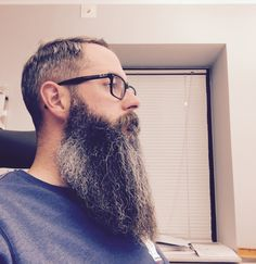 Visit Ratemybeard.se and check out @francebreads - https://ratemybeard.se/francebreads-3/ - support #heartbeard - Don't forget to vote, comment and please share this with your friends.