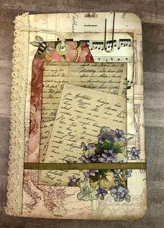 Handmade Journals Like this layered look… Fabric Journals, Journal Paper, Art Journal Pages, Art Journal Covers, Fabric Books, Art Journals, Altered Books, Altered Art, Handmade Journals