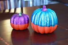 Cute way to decorate pumpkins for the house. Can leave out even after Halloween. Thanksgiving Decorations, Halloween Decorations, Fun Workouts, At Home Workouts, Pumpkin Vase, Holidays Halloween, Baby Month By Month, New Moms, Pumpkins