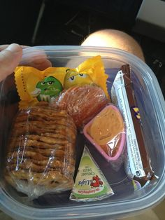 Southwest Airlines Hacks That Will Save You Serious Cash Pack a snack because no hot meals or sandwiches are served on any flights.Pack a snack because no hot meals or sandwiches are served on any flights. Sandwiches, Bento, Airplane Snacks, Airplane Activities, Airplane Kids, Comida Disney, Healthy Travel Snacks, Lunch Snacks, Lunches