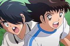 Voici une nouvelle qui va ravir pas mal d'entre vous ! Alors que depuis quelques jours nous pouvons mettre la main sur le jeu Captain Tsubasa: Dream Team sur Android et iOS, la chaîne japonaise TV Tokyo a annoncé le grand retour de la série animée Captain Tsubasa. Prévue pour le mois de Mars 2018 au Japon, cette nouvelle série n'est pas une suite mais un reboot complet de l'anime adapté du manga de Yoichi Takahashi. Nous redécouvrirons donc les aventures de Tsubasa Ozora, un jeune… Captain Tsubasa, Olive Et Tom, Popular Anime, Tokyo, Voici, Detective, Manga Anime, Cartoons, Android