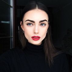 trendy makeup looks red lips black women Beauty Make-up, Beauty Hacks, Hair Beauty, Makeup Goals, Makeup Inspo, Makeup Geek, Makeup Trends, Makeup Ideas, Make Up Inspiration