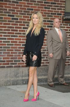 Kate Hudson Late Show David Lettermen show Giuseppe Zanotti pink suede pumps silver heel   Shoe Closzet