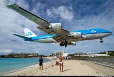 Boeing 747 Airplane | Picture of the Boeing 747-406 aircraft
