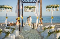 Beach Wedding, Bali