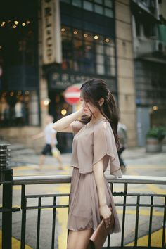 Pin by sinetsogt erdenetuya on daashinz in 2019 fashion, ulzzang fashion, k Korean Girl Fashion, Ulzzang Fashion, Asian Fashion, Girls Fashion Clothes, Fashion Dresses, Woman Dresses, Classy Outfits, Beautiful Outfits, How To Look Classy