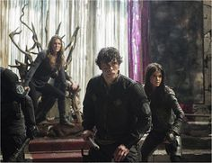 'The 100' Season 4 Spoilers: Jaha On Road To Redemption While New Danger Looms - http://www.movienewsguide.com/the-100-season-4-spoilers-jaha-redemption-new-danger/246580