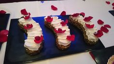 Gâteau de voyage Framboises au Grand Marnier, 12/10/2015 Grand Marnier, Desserts, Food, Travel Cake, Raspberries, Tailgate Desserts, Deserts, Essen, Postres
