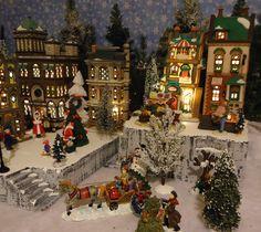 Christmas Snow Village Display Platform Base Dept 56 Lemax St Nicholas Square   eBay
