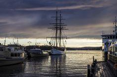 https://flic.kr/p/QYRAsk | Port d'Oslo. By Melti Lanista