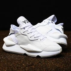 3 - Kaiwa White sneakers available now online Y3 Sneakers, White Sneakers, Sneakers Fashion, Yohji Yamamoto Shoes, Tennis Accessories, Custom Shoes, Air Jordans, Shoe Boots, Mens Fashion