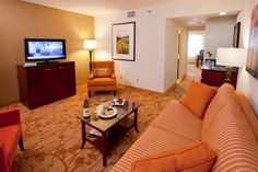 Minneapolis Marriott Northwest is an all Suite Hotel with sophisticated two and three room suites. Enjoy separate living space, two flat HD TVs, swivel work desk, and sofa sleeper.
