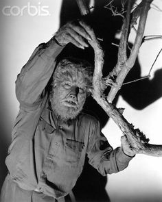 The Wolf Man starring Lon Chaney Jr., Claude Rains, Bela Lugosi, Evelyn Ankers - the classic Universal werewolf movie Classic Horror Movies, Horror Films, Horror Icons, Lon Chaney Jr, American Werewolf In London, Horror Monsters, Scary Monsters, Famous Monsters, Classic Monsters