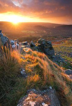 Dartmoor - England (by www.devonlandscapephotography.co.uk)