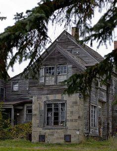 Abandoned house in Ashtabula, Ohio