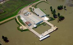 Warehouse and loading dock for ease of river shipping at Natchez-Adams County Port facility
