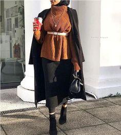 the best look jean. Queen Fashion, Fashion Wear, Fashion Outfits, Fashion Women, Modern Hijab Fashion, Muslim Fashion, Next Clothes, Clothes For Women, Hijab Trends