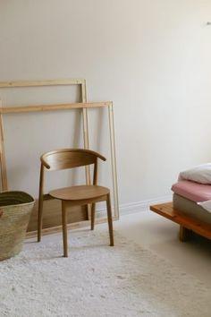 Matoilla lisätilaa kotiin ja Joanna Laajisto Q&A - Musla Wishbone Chair, Interior, Furniture, Home Decor, Indoor, Interiors, Interior Design, Home Interior Design, Arredamento
