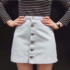 新しいデニムアイテムはボタンフロントデニムAラインスカート! Keep it casual and cute with our Button Front Denim A-Line Skirt. #AmericanApparel #アメアパ