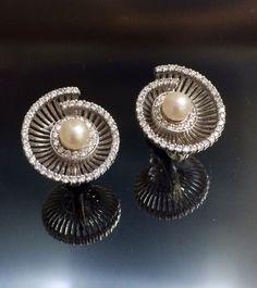 14k Diamonds & natural pearl earrings