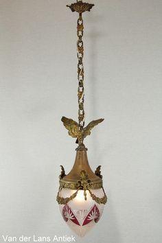 Antieke lantaarn 25379 bij Van der Lans Antiek. Bekijk al onze antieke lampen op www.lansantiek.com