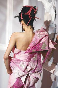 Christian Dior Spring 2007 Haute Couture ,Mo Wandan (NEXT) look 3-details