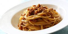 Δεν υπάρχει πιο αγαπημένο φαγητό -μικρών και μεγάλων- από τα μακαρόνια με κιμά. Μια πειραγμένη, εξαιρετική συνταγή.   GASTRONOMIE   iefimerida.gr   συνταγή, υλικό, μακαρόνια, μακαρόνια με κιμά