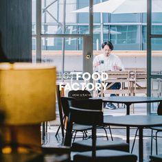 【HOW Food Factory】 全年最適合與陽光一起歎咖啡的日子應該就是這段時期。