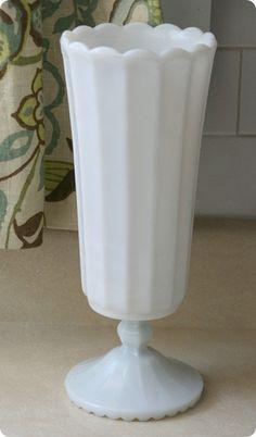 Milk Glass Vase ♥
