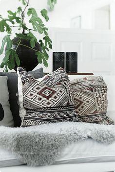 print pillow + fur throw