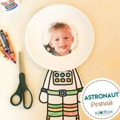 Arts And Crafts Cabinet Product Space Crafts Preschool, Preschool Themes, Kindergarten Activities, Class Activities, Preschool Learning, Teaching, Kid Crafts, Sistema Solar, Astronaut Craft