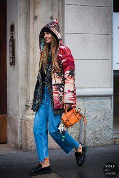 Carlotta Oddi Street Style Street Fashion Streetsnaps by STYLEDUMONDE Street Style Fashion Photography