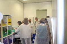 Visita de los estudiantes de la Universidad de Alcalá de Henares a Laboratorios @BOIRON ESP. Les mostramos el proceso de elaboración de nuestros medicamentos #homeopaticos