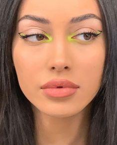 Cute Makeup Looks, Makeup Eye Looks, Creative Makeup Looks, Eye Makeup Art, Colorful Eye Makeup, Glam Makeup, Pretty Makeup, Skin Makeup, Girls Makeup
