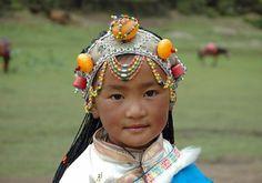 Een meisje van de Tibetaanse etnische minderheid (Source: Radio86)