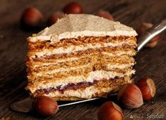 Romanian cake with hazelnuts. Roman cake with hazelnuts and blackberry jam (in Polish) Romanian Desserts, European Dishes, First Communion Cakes, Torte Cake, Polish Recipes, Something Sweet, Rum, Dessert Recipes, Food And Drink
