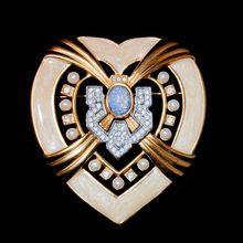 "Elizabeth Taylor for Avon ""Heart of Hollywood"" Brooch - Book Piece"