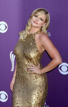 Miranda Lambert Photos - Miranda Lambert walks the red carpet for the Academy of Country Music Awards in Las Vegas. The annual event was held at the MGM Grand Hotel and Casino. - Stars at the Academy of Country Music Awards Miranda Lambert Bikini, Miranda Lambert Photos, Country Women, Country Girls, Country Style, Beautiful Celebrities, Gorgeous Women, Miranda Blake, Easy Listening