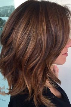 Chic Medium Length Layered Haircuts for a Trendy Look ★ See more: http://glaminati.com/medium-length-layered-haircuts/