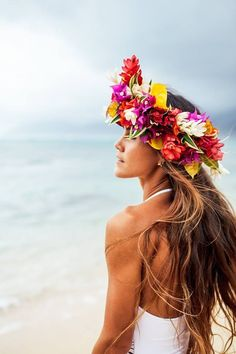 Order a custom made flower haku on O'ahu    haku // flower crown // hawaii // exotic floral headpiece //   https://www.facebook.com/pg/poehaku/photos/?ref=page_internal
