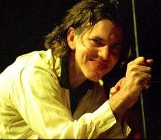 Eddie Vedder - Love this picture.
